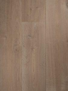 Deze krijt witte houten vloer is kern gerookt en is perfect voor vloerverwarming