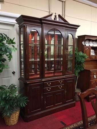 pennsylvania house cherry china cabinet