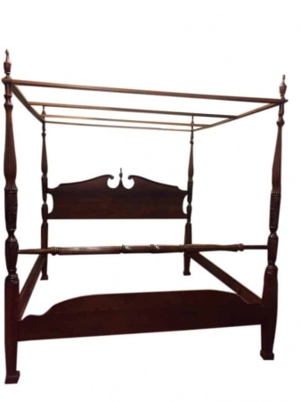 reproduction canopy bed