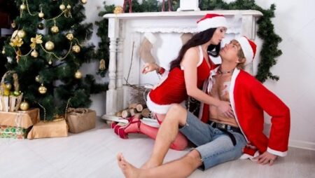6 Ways to Boost Your Sex Life This Winter