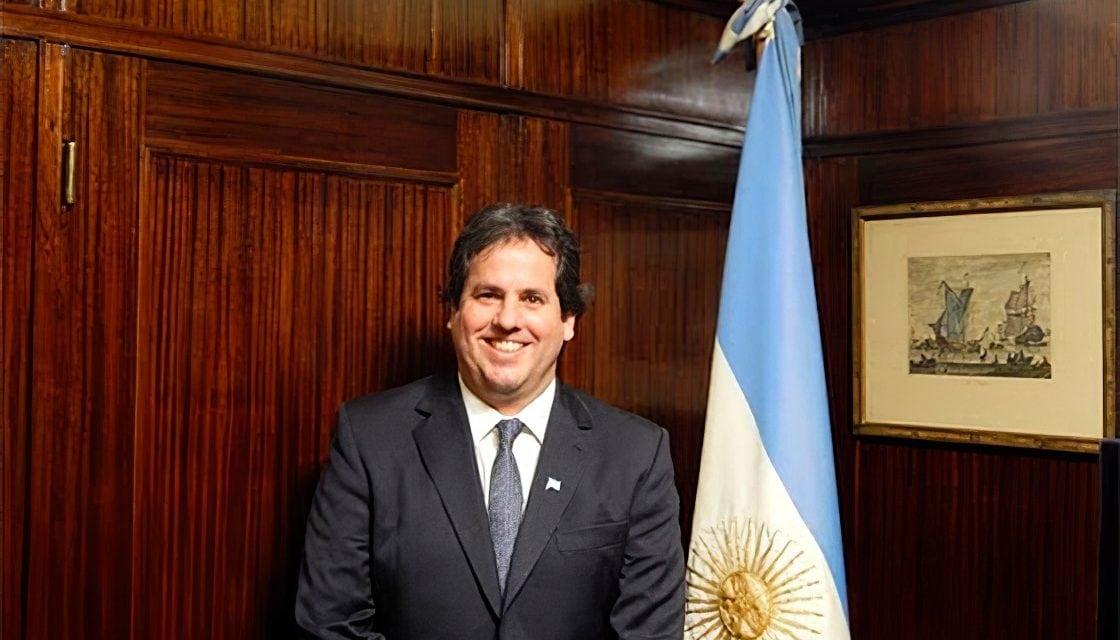 Julio Delfino fue reelegido como presidente del Centro de Navegación
