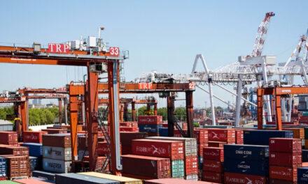 En 2020 caen exportaciones e importaciones y sube el superavit fiscal