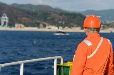Más de 300 empresas firman la 'Declaración de Neptuno' para aliviar la crisis del cambio de tripulación