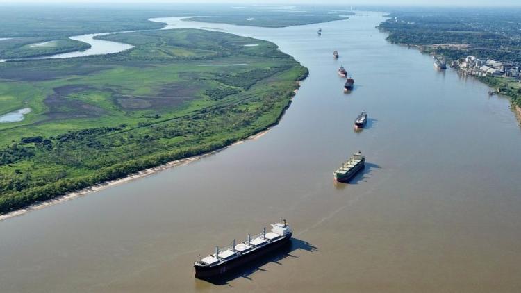 """""""La Hidrovía es clave para nuestras exportaciones"""""""