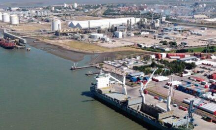El embajador de Egipto visitó el puerto de Bahia Blanca