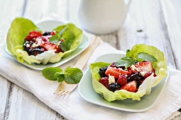 Berry Balsamic Salad Lettuce Cups