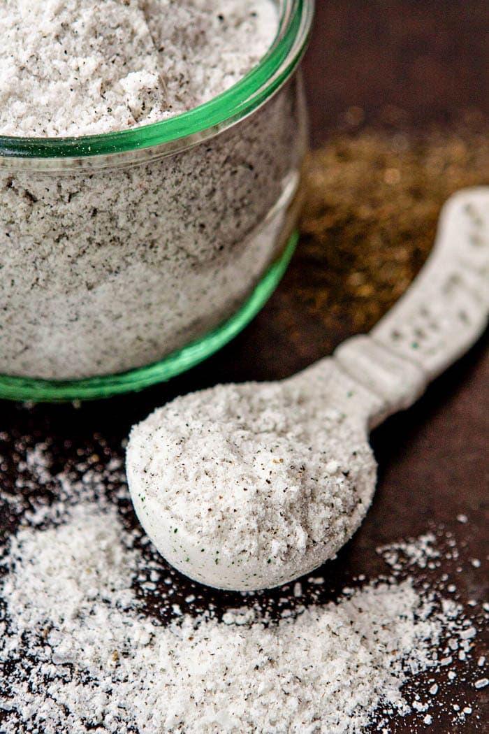 Lavender Eucalyptus Green Tea Detox Bath Salts - How to Take a Detox Bath + Benefits of a Detox Bath