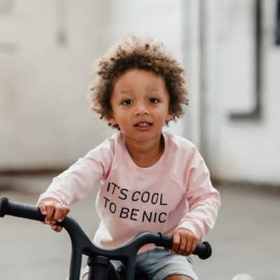 LUCKY LEAF – de Feel Good Brand voor duurzame kidskleding en lifestyle items met een missie