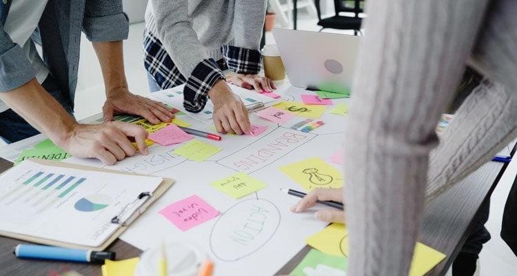 Sartoria digitale: personalizzazione e approccio su misura