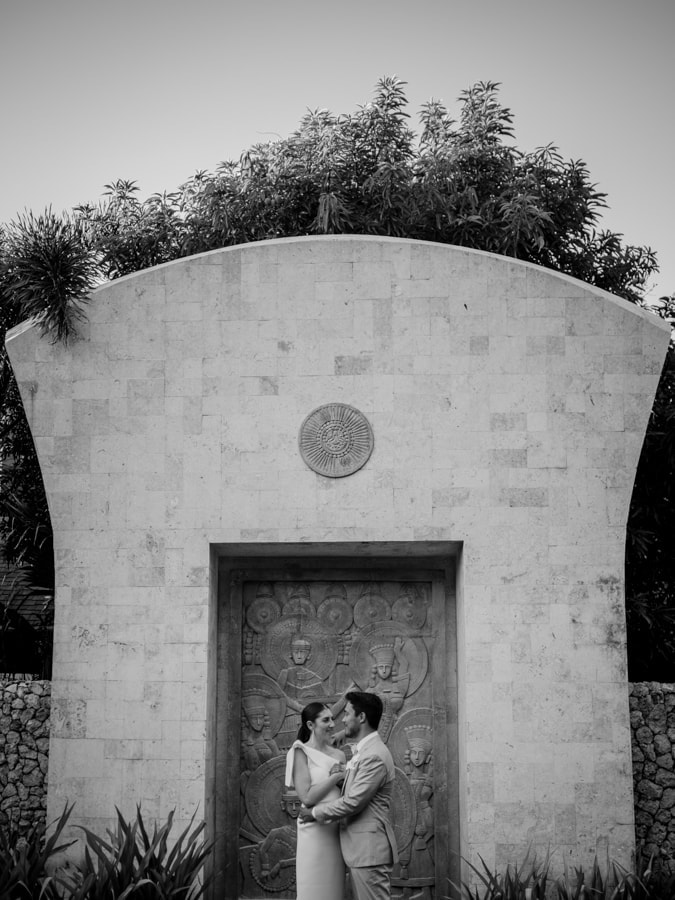A bride and groom share a quiet moment by Shangri-La wedding photographer Julian Abram Wainwright