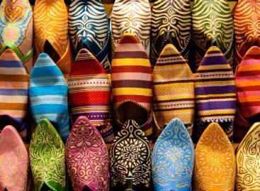 Invasione di turisti cinesi in Marocco