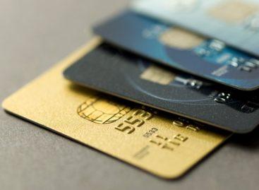 """Carte di credito, la """"svista"""" <br>delle compagnie aeree"""