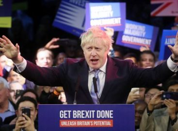 Elezioni Uk, trionfa Boris Johnson: «Ora la Brexit»