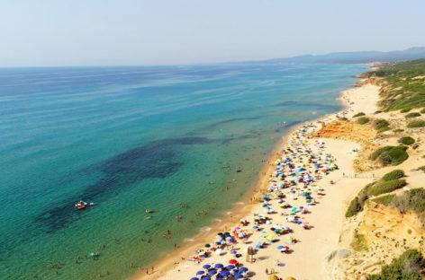 """Sardegna, Solinas: """"Test negativo o vaccino per chi entra"""""""