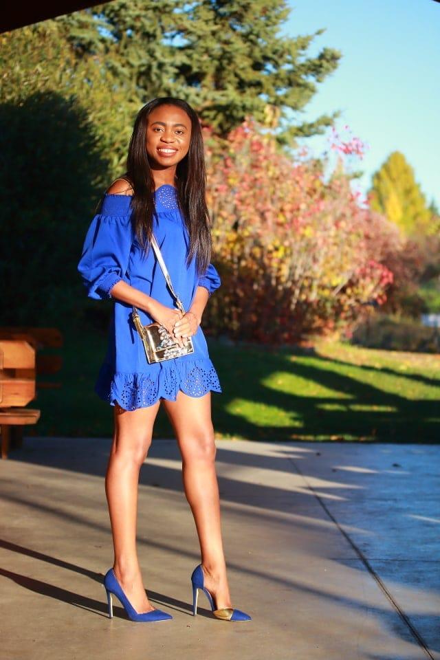 Peplum hem dress, loose dress, metallic purse, gold purse, suede heel pumps, Nigerian blogger