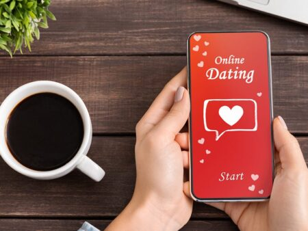 How Do You Ace Online Dating?