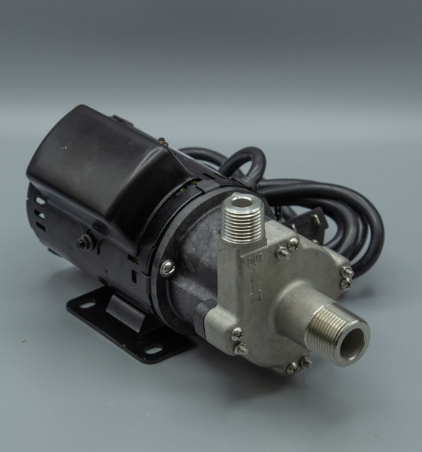 March Pump's 809-SS-HS-C centrifugal sealless magnetic drive pumps with Stainless Steel front housing.