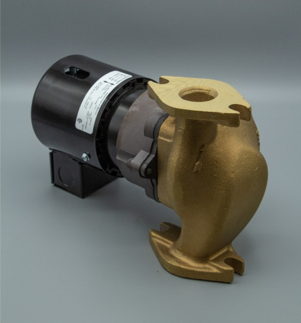 March Pump's 821-BR centrifugal sealless magnetic drive pumps ideal for hot water applications.