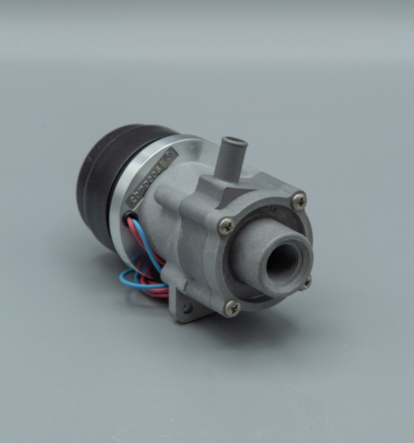 March Pump's 893-08 centrifugal sealless magnetic drive DC brushless 24V pumps ideal for chemical applications.