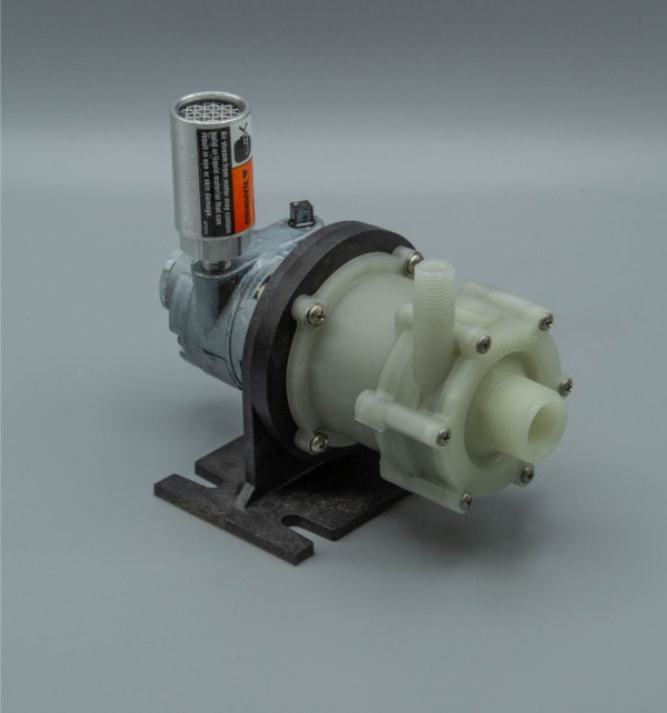 March Pump's BC-2CP-MD-AM centrifugal sealless magnetic drive air powered pumps ideal for chemical applications.
