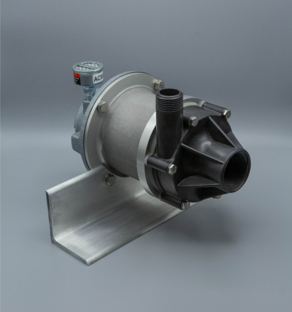 March Pump's TE-7P-MD-AM centrifugal sealless magnetic drive pumps ideal for chemical applications.