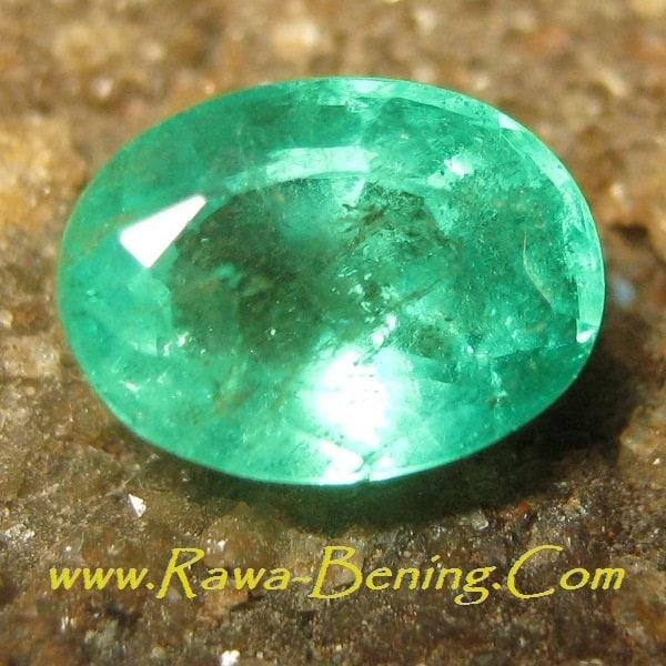 Tips Berbelanja Batu Mulia Zamrud untuk Cincin Permata anda