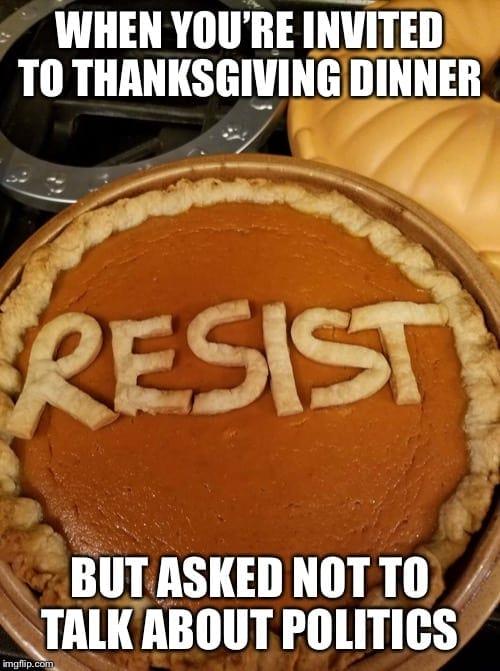 18 Funny Thanksgiving Memes