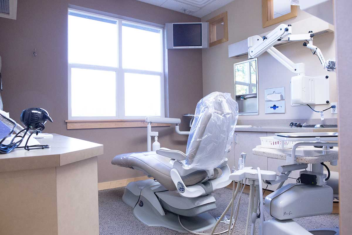 One of our treatment rooms for our Moore & Pascarella office in Redding, CA.