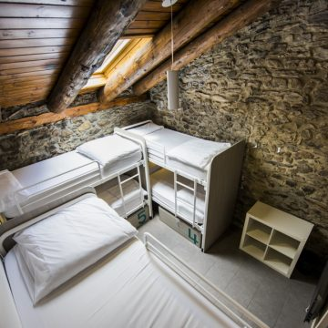 Mountain hostel tarter andorra group room sleeps 6-27