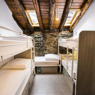 Mountain hostel tarter andorra group room sleeps 6-28
