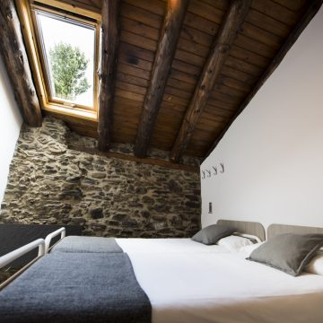 Mountain hostel tarter andorra private room-17