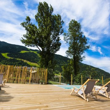 Mountain hostel tarter andorra outdoor pool jacuzzi swim spa-110