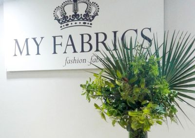 decoration myfabrics stand moustakas flowers