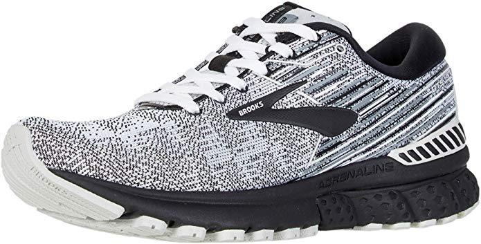 11 Best Walking Shoes for Flat Feet