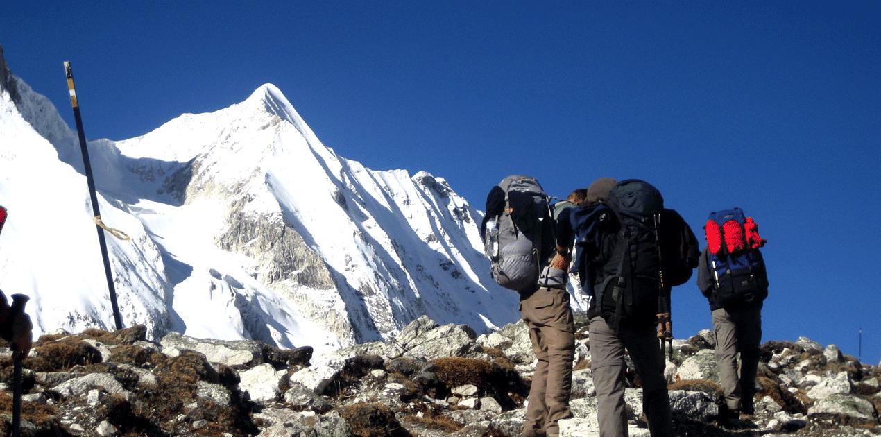 Manaslu Trekking Guide