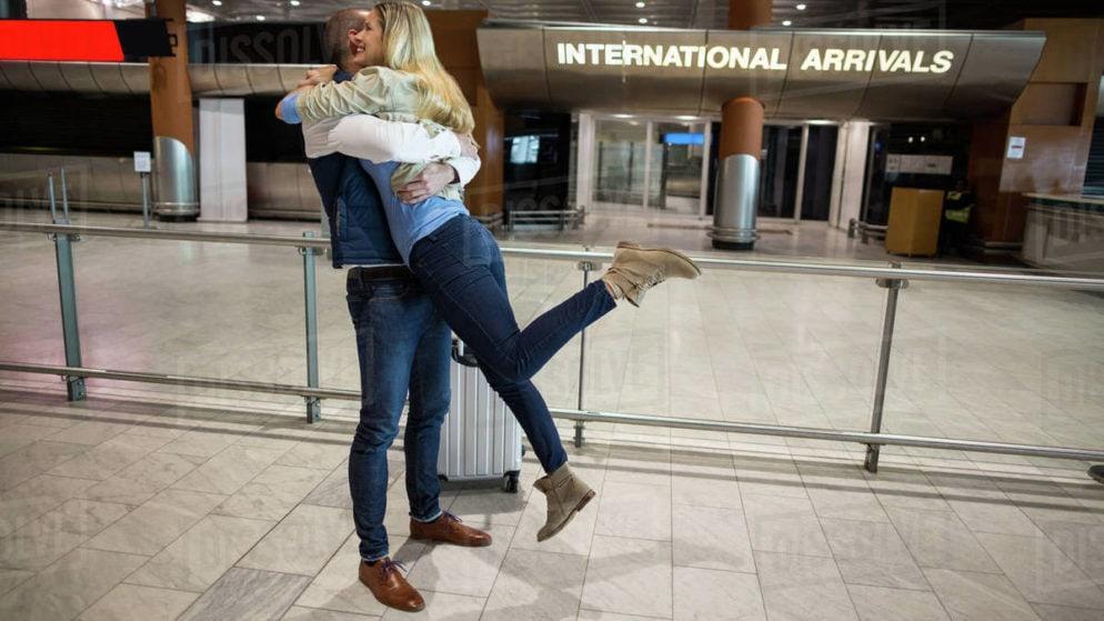 Ist Ihr bedeutender anderer Umzug ins Ausland? Wie überleben Sie eine Fernbeziehung?