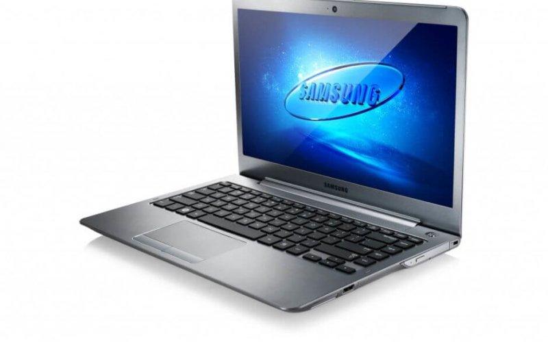 """Yeni Yılın En İnce Hediyesi; AMD işlemcili SAMSUNG NP535U4C """"Ultrathin"""" Notebook"""