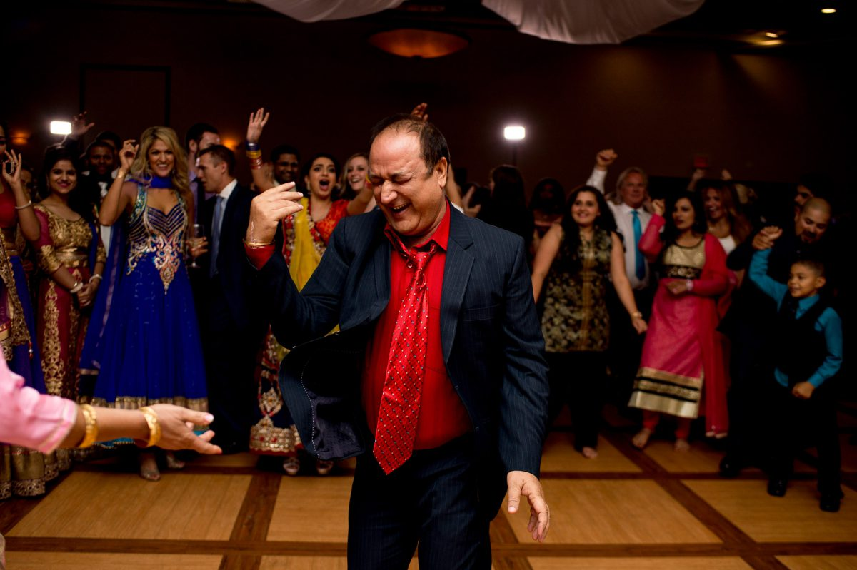 Patrick-Monica-036-Dr-Raj-Pandey-Hindu-temple-Winnipeg-Wedding-Photographer-Singh-Photography
