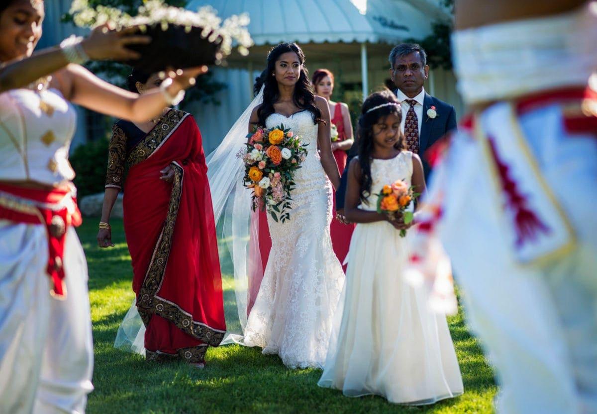 kasun-udeesha-002-the-gates-winnipeg-wedding-photographer-singh-photography