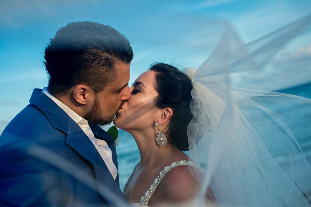rocky-amanda-000-grand-sunset-princess-playa-del-carmen-wedding-photographer-singh-photography