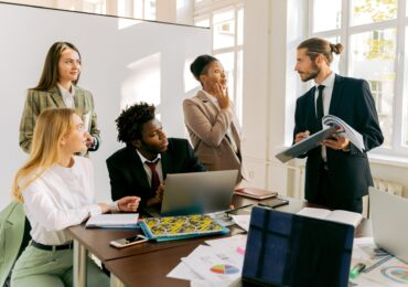 4 Reasons Your Business Needs an HR Consultant