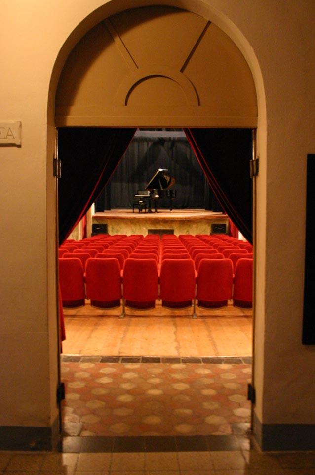 interno-teatro-anghiari-teatro-comunale-dei-ricomposti-03