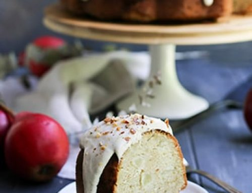 Chai Spiced Pear Bundt Cake