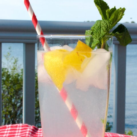 Lemonade Sparkler