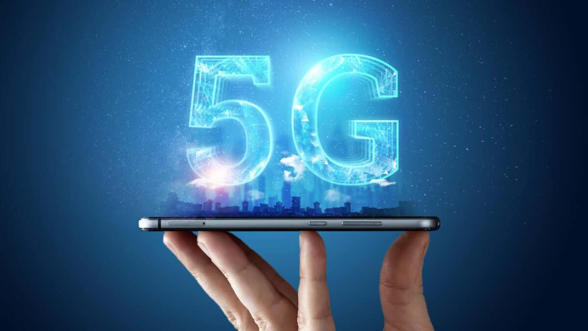 Best Mobile Technology is 5G and it is in Trend in Latest Tech News