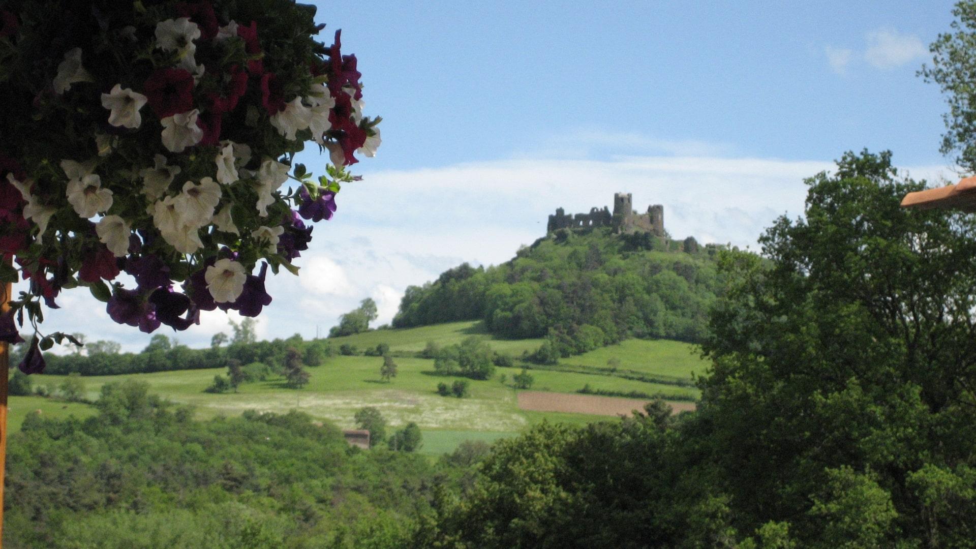 Les Mathieux Chateau de Mauzun