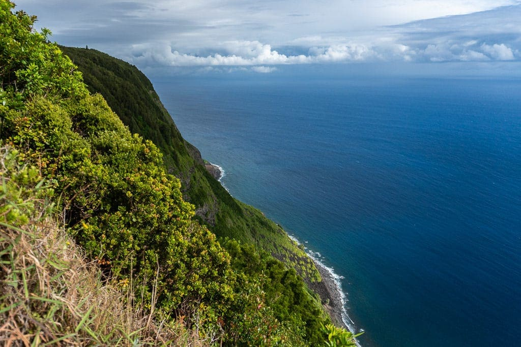 mountain-side views while Hiking to Kalaupapa Molokai