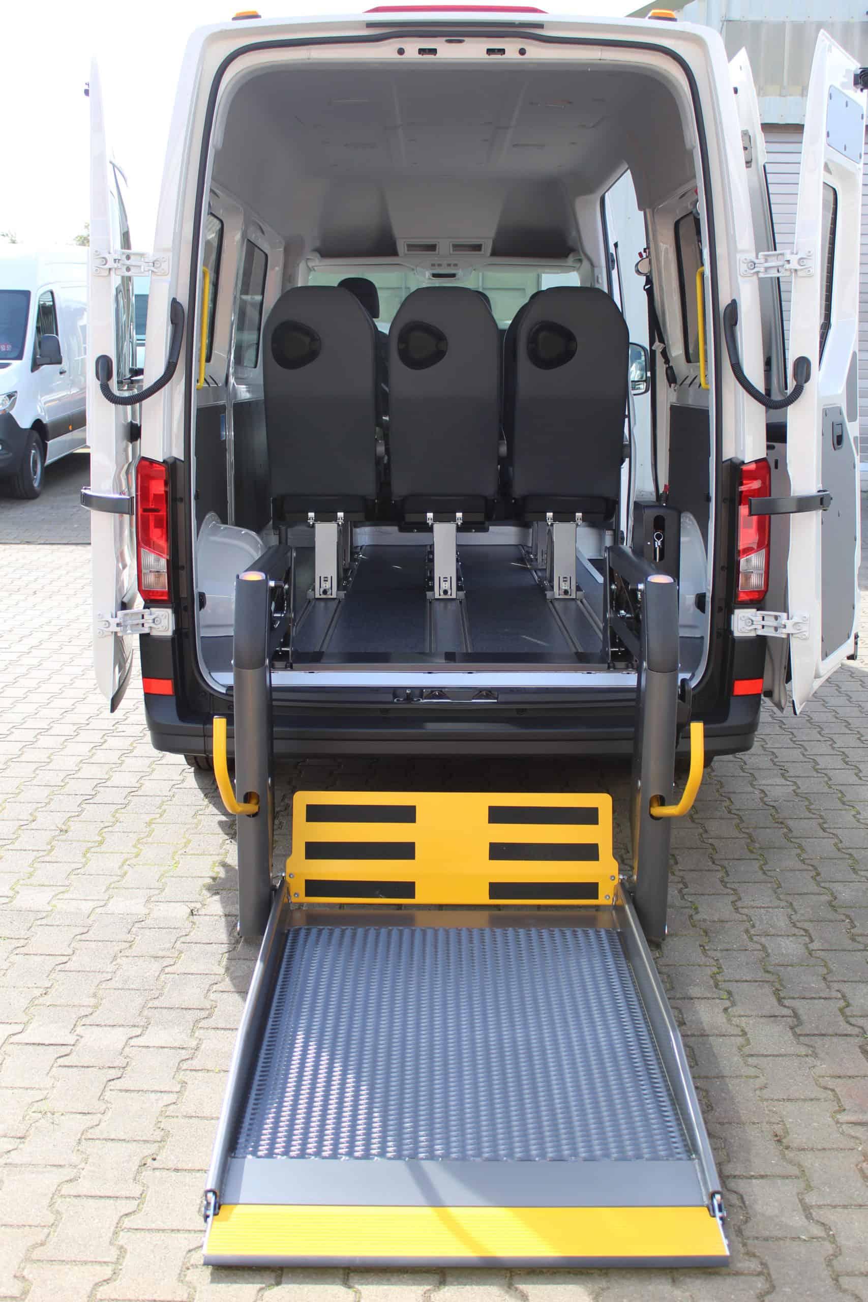 Hecklift von Schoon Fahrzeugsysteme