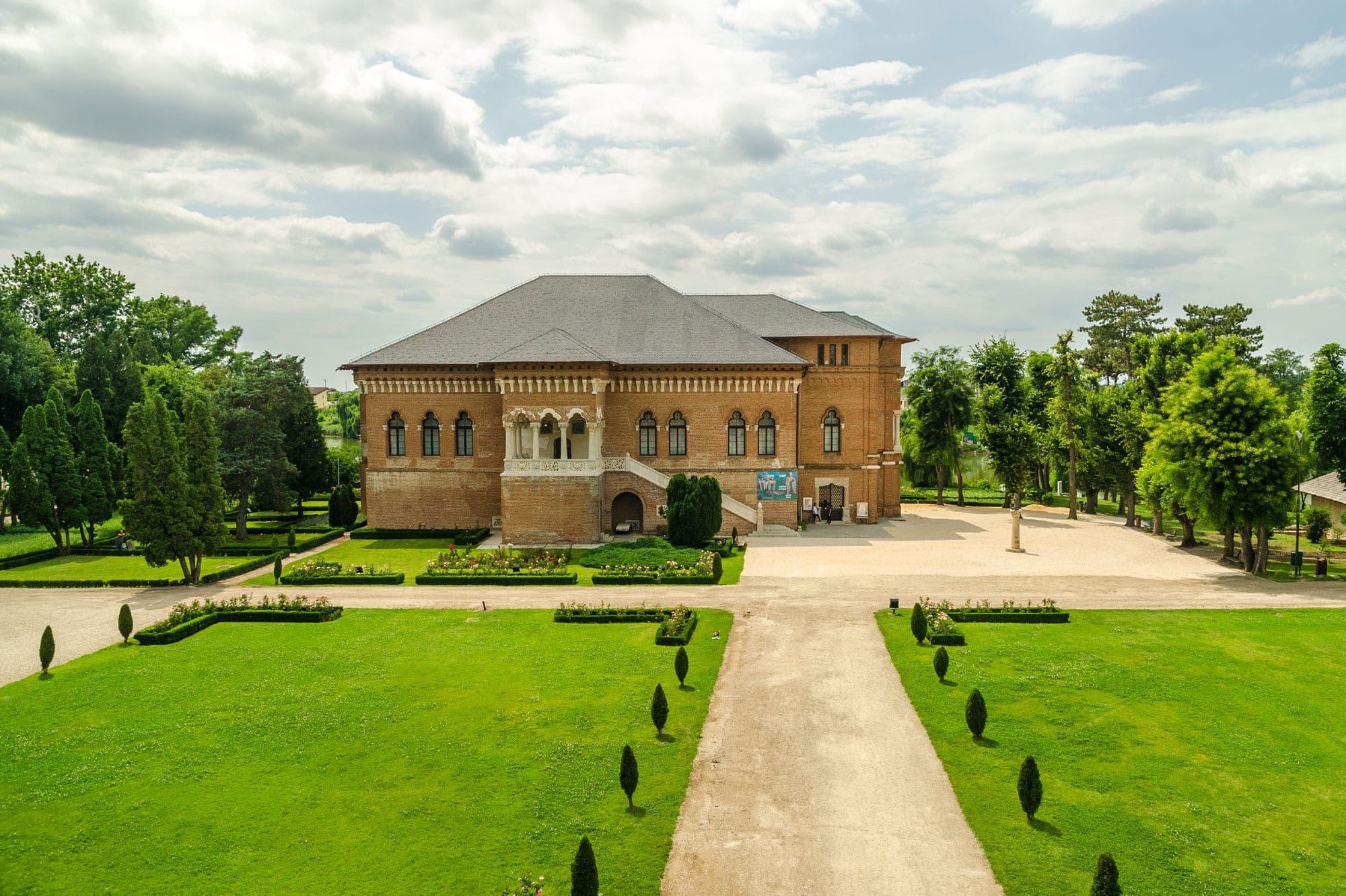 mogosoaia-palace-snagov-monastery-caldarusani-monastery-1