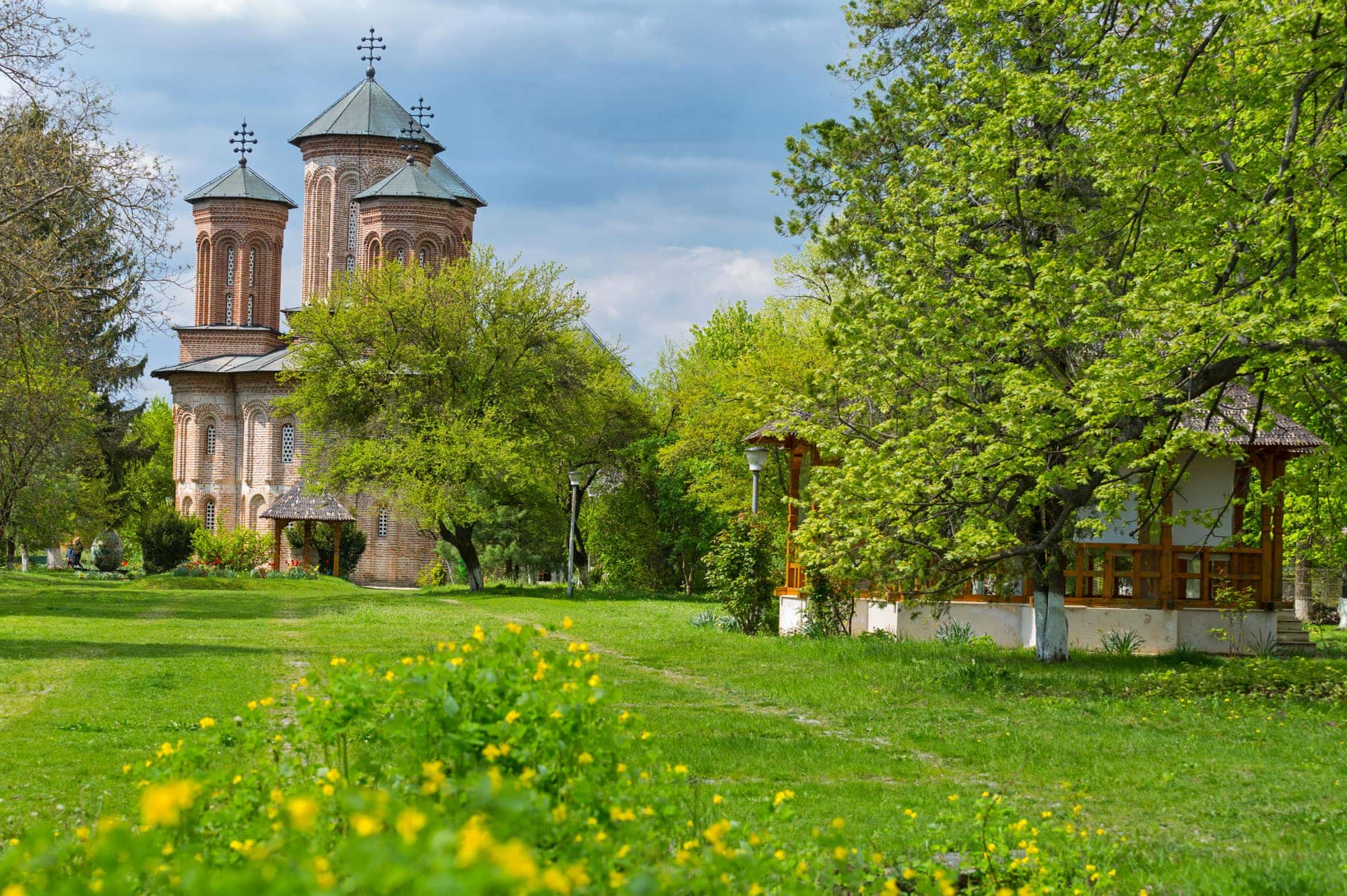 mogosoaia-palace-snagov-monastery-caldarusani-monastery-4